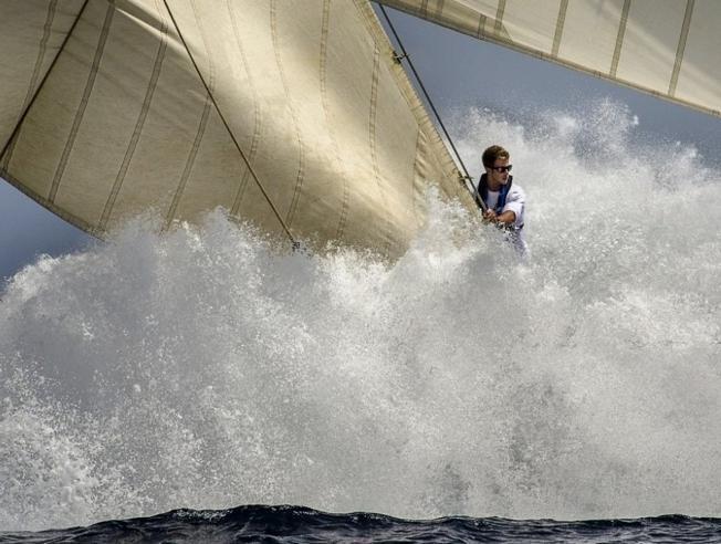 alfred-farre-gana-el-yacht-racing-image-a-la-mejor-fotografia-de-vela-del-ano